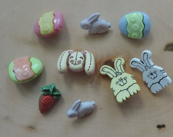 "SALE Easter Buttons, Packaged Novelty Buttons by Buttons Galore, ""Funny Bunny"",  Includes Bunny Buttons Egg Buttons and Carrot Button"