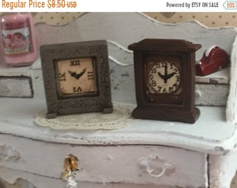 SALE Miniature Clocks, Set of 2, Mantle Style Clocks, Dollhouse Miniature, 1:12 Scale, Dollhouse Accessories, Decor Item, For Dollhouse, Clo