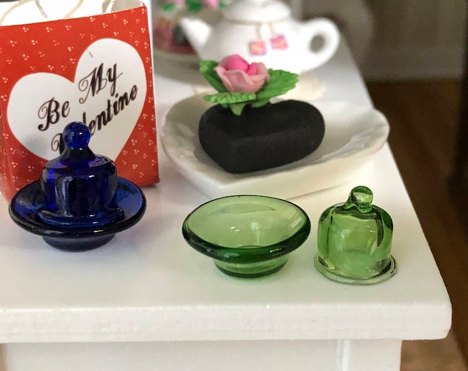 Miniature Glass Dish With Lid, Choose Blue or Green, Dollhouse Miniature, 1:12 Scale, Dollhouse Accessory, Decor, Mini Glass, Crafts, Topper