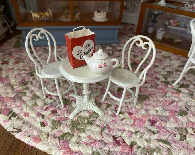 Miniature Cafe Table and Chair Set, White Table and Chair Set, 3 Metal Pieces,  Dollhouse Miniature, Dollhouse Furniture, 1:12 Scale