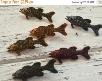 """SALE Fishing Buttons, Packaged Novelty Button Assortment """"Go Fish"""" Style 4004 by Buttons Galore, Crafting, Sewing, Embellishments"""