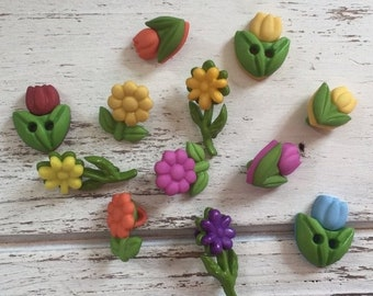 """SALE Flower Buttons, Packaged Novelty Button Assortment """"Lil Blooms"""" by Buttons Galore, Style 4255, Daisy and Tulip Buttons, Sewing, Craftin"""