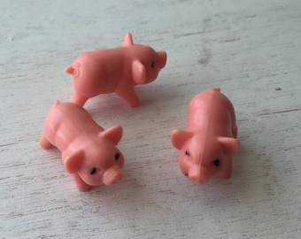 Miniature Pigs, Set of 3 Plastic Mini Pigs, Crafts, Embellishments, Decor, Topper, Pink Pigs