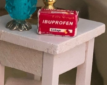 SALE Miniature Medicine Box, Mini Ibuprofen Box, Dollhouse Miniature, 1:12 Scale, Dollhouse Bathroom Medicine Cabinet Accessory, Decor