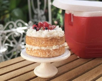 SALE Miniature Strawberry Shortcake on White Cake Stand #84, Dollhouse Miniature, 1:12 Scale, Miniature Food, Dollhouse Food Accessory