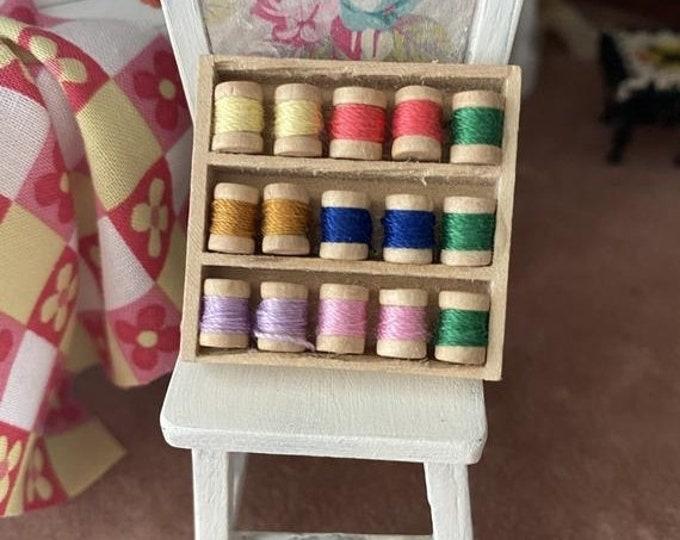 SALE Miniature Thread Box, 15 Mini Wood Thread Spools, Dollhouse Miniature, 1:12 Scale, Dollhouse Accessory, Decor, Mini Sewing Crafts