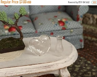 SALE Miniature Glass Vases, Glass Heart and Bud Vase Set, Dollhouse Miniatures, 1:12 Scale, Dollhouse Accessory, Decor, Crafts