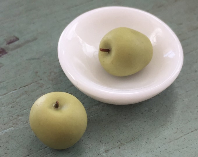 Miniature Green Apples, Dollhouse Miniature Food, 1:12 Scale, Dollhouse Accessory, Set of 6 Apples, Pretend Food, Mini Green Apples