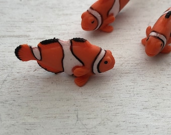 Miniature Fish, Set of 6 Clown Fish, Plastic Fish, Great for Crafts, Toppers, Embellishments