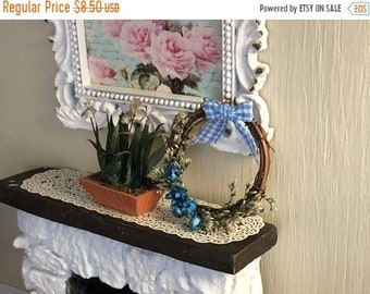 SALE Miniature Wreath, Decorated Grapevine Wreath, Blue Flowers and Bow, Dollhouse Miniature, 1:12 Scale, Dollhouse Decor, Accessory