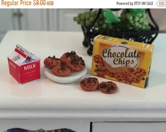 SALE Miniature Chocolate Chip Cookies and Milk Set, Dollhouse Miniatures, 1:12 Scale, Mini Food, Dollhouse Food, Cookies and Milk