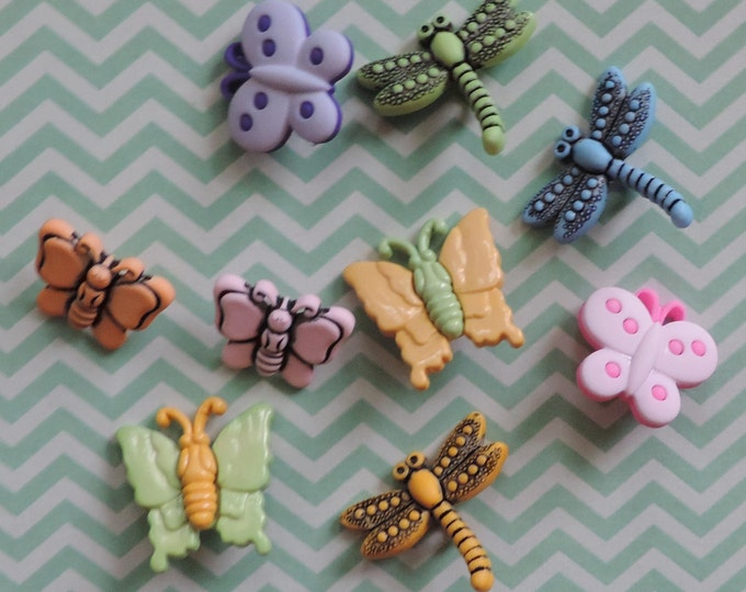 """Bug Buttons, Packaged Novelty Buttons,  """"Flutterbugs"""" Style 4254 by Buttons Galore Includes Dragonflies and Butterflies, Sewing, Crafting"""