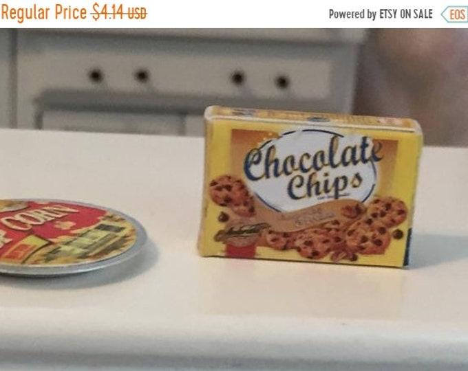 SALE Miniature Chocolate Chip Cookies Box, Dollhouse Miniature, 1:12 Scale, Dollhouse Accessory, Mini Food, Kitchen Decor