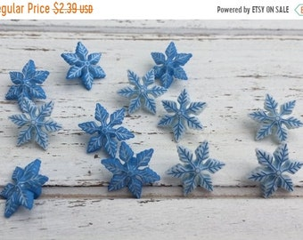 "SALE Blue & White Snowflake Buttons, Packaged Novelty Button Assortment Pack ""Winter Chill"" Style 4795 by Buttons Galore, Shank Back Buttons"