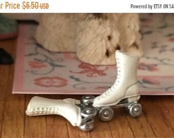 SALE Miniature Roller Skates, Mini White Skates Dollhouse Miniature, 1:12 Scale, Dollhouse Skates, Dollhouse Accessory, Decor, Crafts