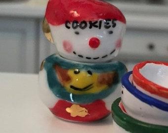 SALE Miniature Snowman Cookie Jar, Ceramic Mini Cookie Jar, Dollhouse Miniature, 1:12 Scale, Dollhouse Accessory, Holiday Decor, Mini Jar