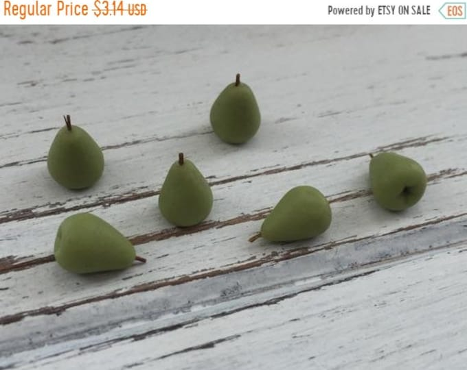 SALE Miniature Pears, Dollhouse Miniature Food, 1:12 Scale, Dollhouse Accessories, Set of 6, Pretend Food, Dollhouse Kitchen, Mini Pears