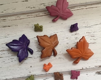 """SALE Leaf Buttons, Packaged Novelty Buttons by Buttons Galore, """"Autumn Leaves"""" Style 4619, Assorted Sizes and Colors"""
