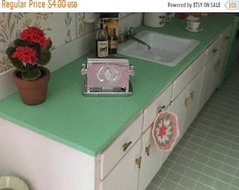 SALE Miniature Toaster, Vintage Look Silver Toaster, Old Fashion Toaster, Dollhouse Miniature, 1:12 Scale, Dollhouse Decor, Accessory, Craft