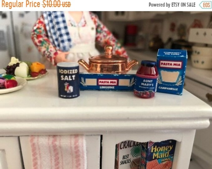SALE Miniature Pasta Set, Sauce, Salt, Pasta Boxes, 4 Piece Set, Dollhouse Miniatures, 1:12 Scale, Dollhouse Food, Miniature Food Boxes, Jar