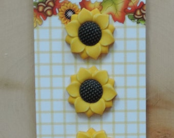 "Sunflower Buttons, Fall Friends Collection ""Sunflower"" Style FA122, by Buttons Galore, Carded Set of 3, Shank Back Buttons, Embellishments"
