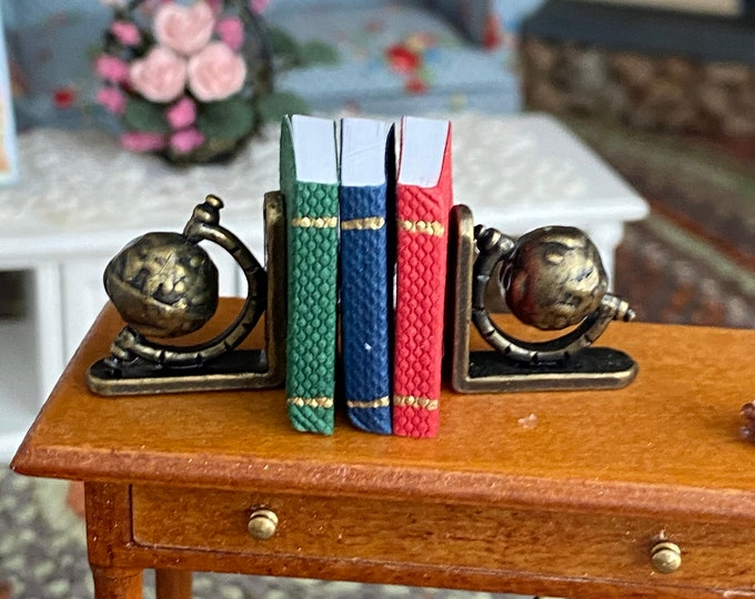 Miniature Globe Bookends, Antique Look Brass Mini Book Ends With Books,  Dollhouse Miniature, 1:12 Scale, Dollhouse Accessory, Decor, Crafts