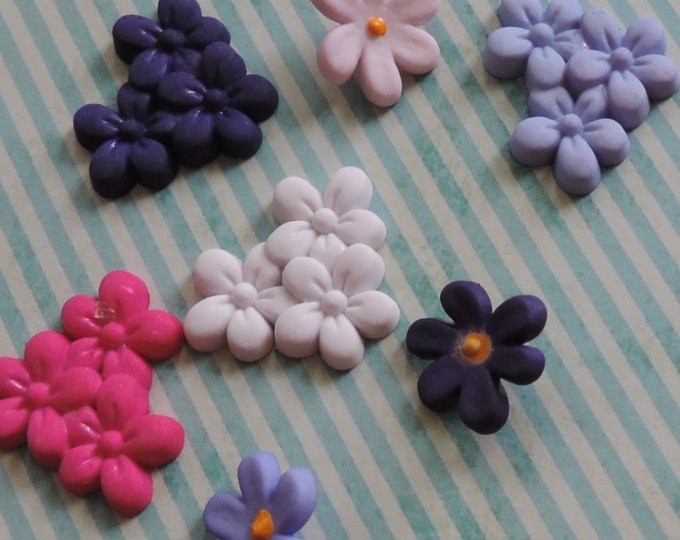 "Violet Flower Buttons, Packaged Novelty Button Assortment, ""Violet Patch"" Style #4163 by  Buttons Galore, Crafting, Sewing, Embellishments"