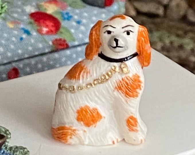 Miniature Figurine, Staffordshire Figurine Statuette, Dollhouse Miniature, 1:12 Scale, Mini Knick Knack, Decoration, Mini Dog