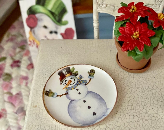 Miniature Snowman Platter, Round Plate, Style #3, Dollhouse Miniature, 1:12 Scale, Dollhouse Accessory, Holiday Decor, Mini Dishes