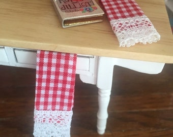 SALE Miniature Kitchen Dish Towels, Red and White Gingham, Lace Trimmed, Set of 2, Dollhouse Miniatures, 1:12 Scale, Dollhouse Decor Accesso