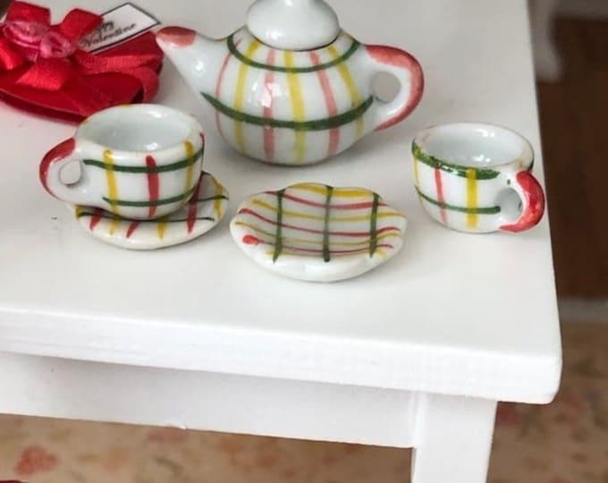 SALE Miniature Tea Set, Plaid Painted Ceramic 6 Piece Mini Tea Set, Dollhouse Miniature, 1:12 Scale, Dollhouse Accessory, Decor, Mini Cups