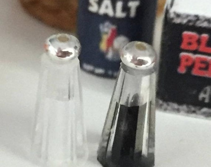 SALE Miniature Salt and Pepper Shakers, Clear with Silver Tops, Dollhouse Miniatures, 1:12 Scale, Dollhouse Accessory, Decor, Crafts, Topper