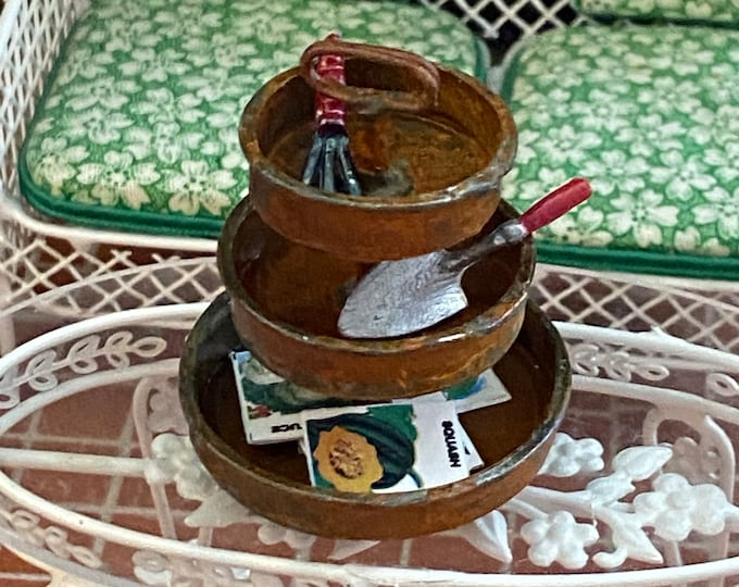 Miniature Round 3 Tier Rusty Look Server Tray, Mini Server with Handle, Dollhouse Miniature, 1:12 Scale, Rusty Look Server