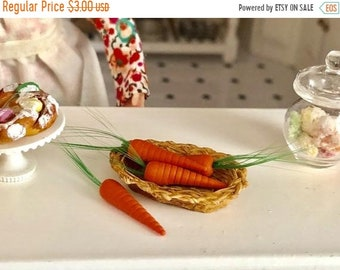 SALE Miniature Carrots, Mini Set of Carrots, 4 Pieces, Dollhouse Miniature, 1:12 Scale, Mini Food, Dollhouse Food, Crafts, Embellishment, To