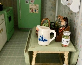 Miniatur Bad Accessoires aus Porzellan mit Rosenmuster Puppenstuben & -häuser Für 1:12 Puppenstuben.