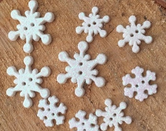 """SALE Snowflake Buttons, Glittered Snowflakes Novelty Button Assortment Package by Buttons Galore, """"Frosty Flakes"""" Style 4750, 2 Hole Sew Thr"""