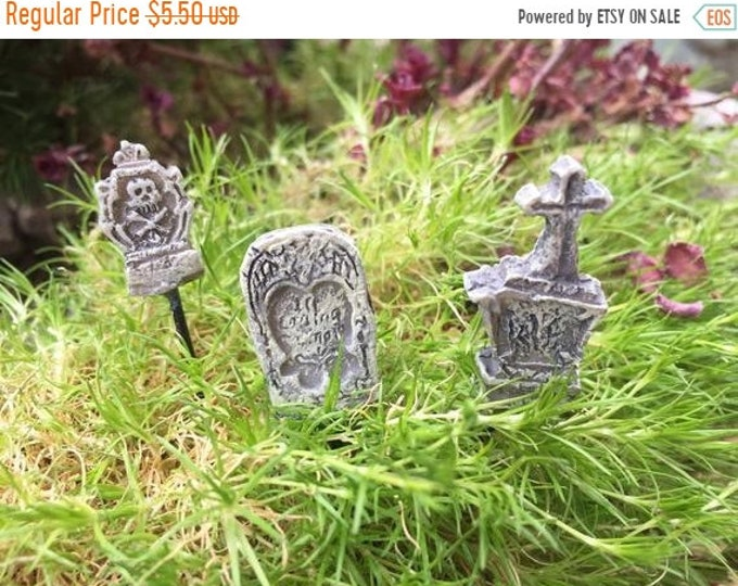 SALE Micro Mini Grave Stones, Head Stones, Headstone Picks, Fairy Garden Accessory, Halloween Fall Decor, Set of 3, Crafts, Toppers