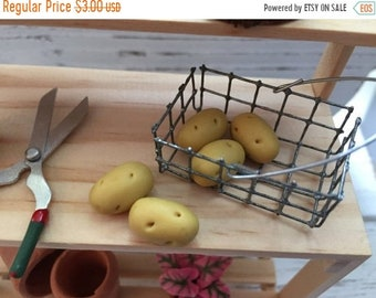 SALE Miniature Potatoes, Dollhouse 1:12 Scale Miniature Food, Accessory, Decor