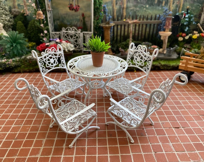Miniature Patio Set, Mini White Metal Wire Table And Chairs, 5 Piece Set, Style #96, Dollhouse Miniature Furniture, 1:12 Scale