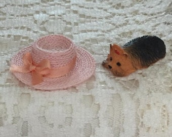SALE Miniature Pink Straw Hat With Bow, Dollhouse Miniature, 1:12 Scale, Dollhouse Accessory, Decor, Mini Hat