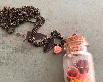 SALE Glass Cork Top Jar Necklace, Jar Filled With Mini Baskets, Style #JF2, Necklace Pendant With 2 Charms and 30 Inch Chain, Basket Lover G