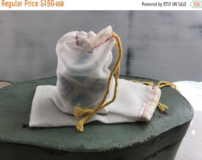 SALE Small Cloth Parts Bags, Set of 3, Cotton Polyester Storage Bags, 3-1/4 x 5 Inch Bags With Pull Strings