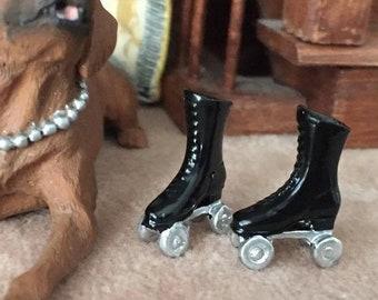 SALE Miniature Black Roller Skates, Mini Skates Dollhouse Miniature, 1:12 Scale, Dollhouse Skates, Dollhouse Accessory, Decor, Crafts
