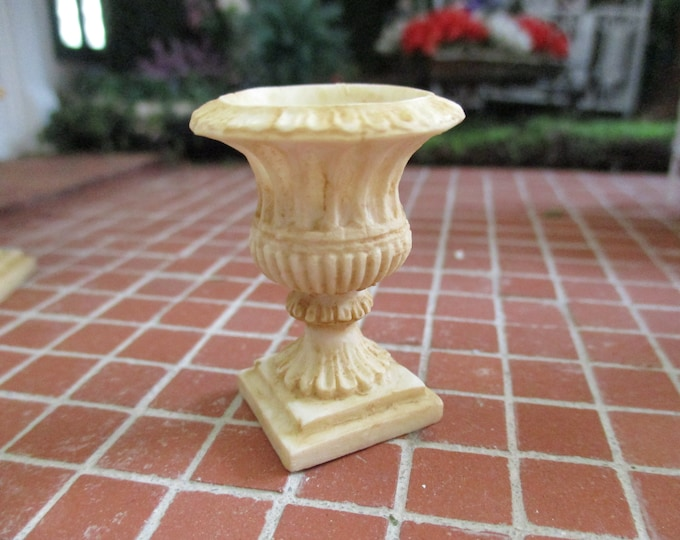 Miniature Roma Urn Planter, Mini Garden Planter Urn, Style #96, Dollhouse Miniature, 1:12 Scale, Dollhouse Accessory, Garden Decor