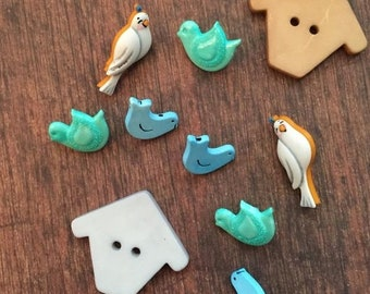 """SALE Bird and Birdhouse Buttons, Packaged Novelty Button Assortment, """"Birds of a Feather"""",  Style #4446 by Buttons Galore, Birds & Birdhouse"""