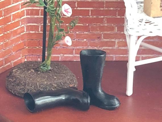 1 Paar Mini Garten Gummistiefel 1//12 Spielzeug Haus Möbel Dekoration