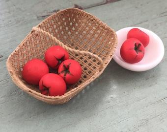 Miniature Tomatoes,  Dollhouse Miniature 1:12 Scale, Set of 6 Pieces, Dollhouse Food, Miniature Food, Mini Food