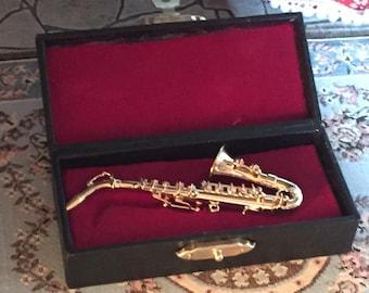 Miniature Saxophone with Case, Mini Accessory, Music, Decor, Shelf Sitter, Mini Instrument, 3 Inch Sax