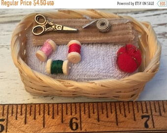 SALE Miniature Sewing Basket With Thread, Scissors, Tape Measure & Red Pin Cushion, Dollhouse Miniature, 1:12 Scale, Mini Sewing Crafting Ba