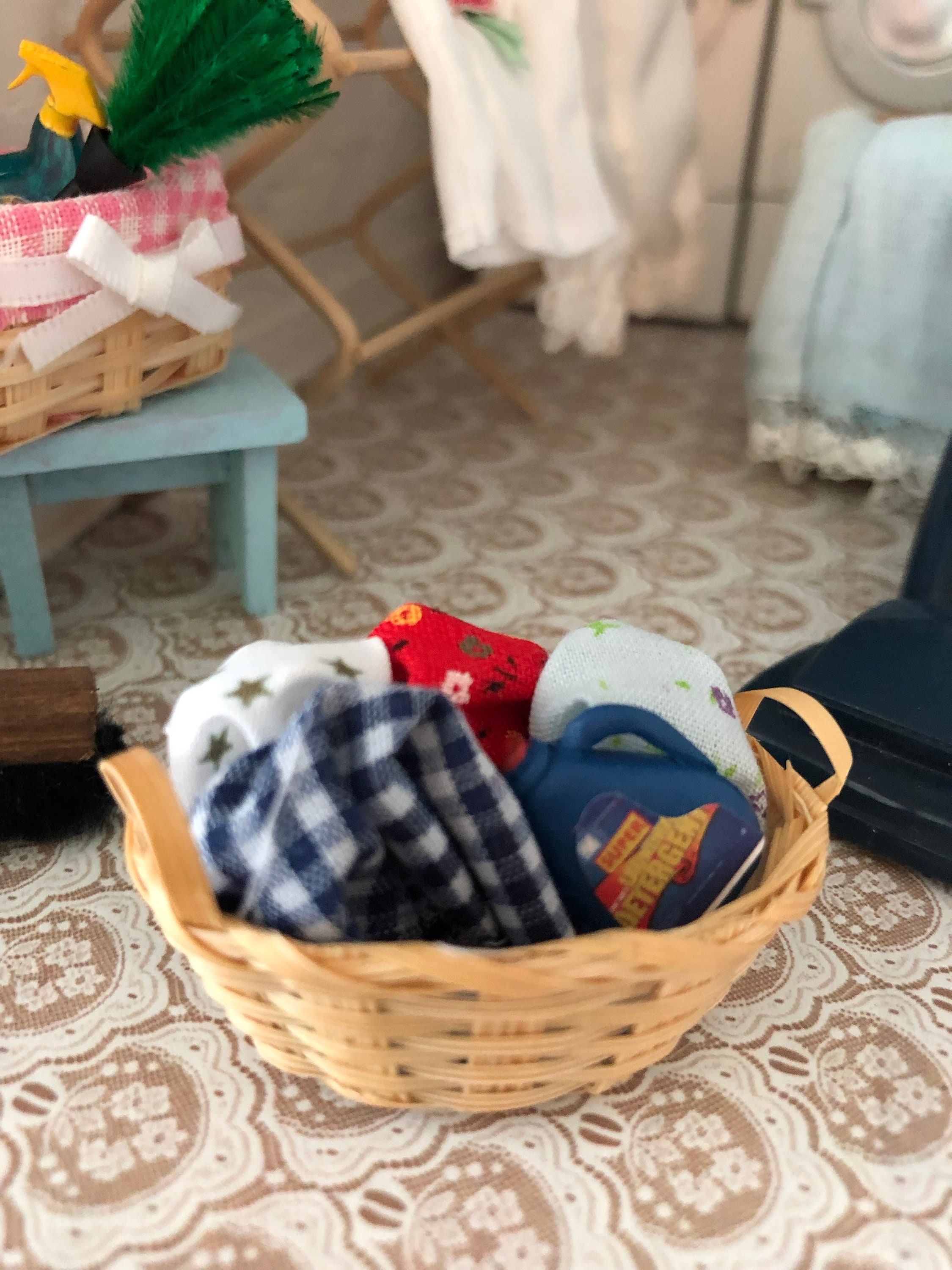 Doll house miniature laundry basket in 1:12 scale